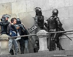 Represión manifestaciones 1o. de mayo 2010 en Colombia